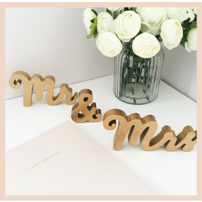 Mr & Mrs Gold Standing Letters
